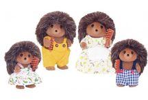 Sylvanian Families Rodzina Jeżyków / Wyjątkowe zabawki dla dzieci marki Sylvanian Families