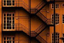 Symmetrical / Architecture // Geometry // Symmetrical