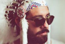 INDIAN / / HEAD - DRESS // COIFFE INDIENNE / Coiffe indienne - Amérindien - Sioux - men  #plume #coiffeindienne #headdress #idian