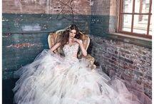 fairy tale weddings / wedding dresses, flowers bouquets, hair