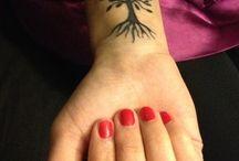 Tatuaggi albero piccoli