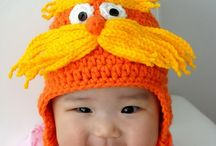 crochet hats / by Jayne Medrano