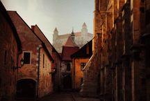 Bratislava / Mesto na Dunaji, ktoré spí svojím sladkým snom