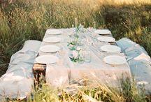 O U T D O O R W E D D I N G S / Beautiful photographs of outdoor weddings #backyardweddings