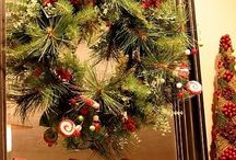 Christmas Decor / by Leslie McElrea