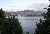 Καστοριά~ Kastoria / Kastoria North-East Greece  Ένα ταξίδι γεμάτο εικόνες από τις γραφικές συνοικίες της Καστοριάς και την λίμνη.  Φωτογραφίες από gardenforzoey.blogspot.gr