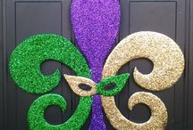 Mardi Gras-Decorations, Food and Crafts / Check out great Mardi Gras Food and decorations.  Let the Good Times Roll with all these Mardi Gras delights.