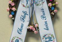 Türschleifen / Door bows / Selbstgestickte Türschleifen Kreuzstich / Cross Stitch
