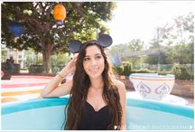Disneyland Photo Sessions / hotography sessions at the Disneyland Resort, Orange County for families, engagements, seniors. www.aseatrempphotography.com