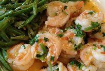 Seafood Recipes / by Kimi Tran