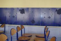 """Insonoriser les restaurants scolaires : rien de tel que des panneaux acoustiques de chez #MACMobilier / Panneaux muraux acoustiques """"Mur-mur"""" en tôle perforée avec ou sans motifs : Tropic'o, Ananas, Bananes ou Pastèque, Paris ou New York pour insonoriser les salles de restauration, les salles medialangue, les salles de musique, les foyer des élèves, les ALSH Rapport de test acoustique réalisé par le Fcba, disponible sur demande fabriqué en Bretagne par #MACMobilier"""