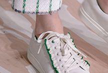Sneakers runway