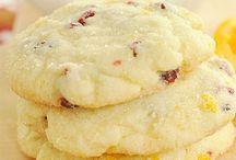 Biscuits & Bars / Crunchy, gooey, healthy, deeeelish!!