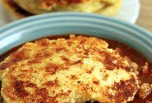 Crock pot meals / by Hanna Priceawitz
