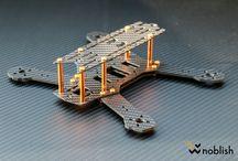 FPV Racing Frames / Rahmen aus Carbon / Von uns gefertigte FPV Frames / Rahme. Die Frames wurden von verschiedensten Konstrukteuren entworfen / gezeichnet und im Anschluss daran, von uns aus CFK / Carbon gefertigt.