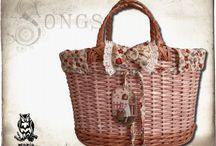 Fonott táskák