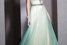 Prom dresses *.*
