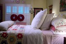 Cottage Country Bedrooms / by ✿Frankie Ann✿