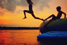 Cama elastica en verano / También podemos saltar en nuestras camas elásticas en verano...¡Que el ejercicio y el disfrute no pare!