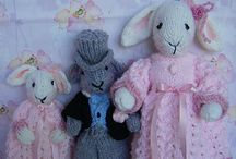 Knitted toys / by Sandra Gibbons