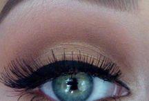 Makeup / by Amarilys Cruz