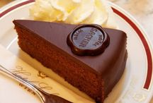 Luxury desserts / Luxuriously refined, elegant and tasty cakes, puddings and tarts