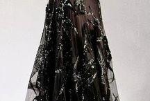 ☼ dáma v čiernych šatách ☼