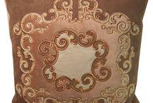 hafty do domu / Haftowane tkaniny domowe nadają klimat, ocieplają wnętrze. Lubię je