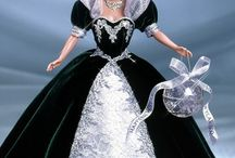 Barbies & more dolls