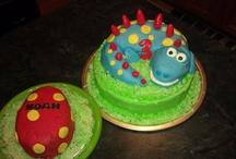 Cakes & Cupcakes / by Katie Guzman