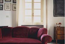 Баклажановый диван