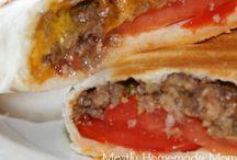 Mmmmmmm Meal Ideas / by Samantha Schertz