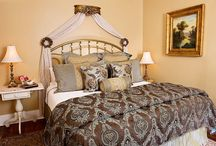 Cedar House Inn / Here you can view our rooms, common areas, and amenities.