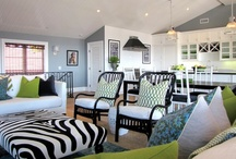 Minglewood Family Room Ideas~ / by Jacqueline Newhouse