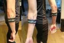 Kol bandı dövme