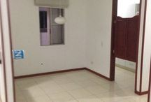 Apartamento Caney / Hermoso apartamento, sala comedor, 3 habitaciones con closet y cortinas, cocina integral, baño social, Balcón, Ascensor, Octavo piso, Parqueadero.  Precio: $ 700.000 Incluida administracion  Tel. 3963560 - 3963414