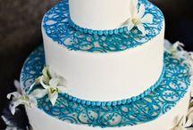 Seth and Kayla wedding cakes