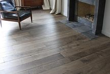 How to lay laminate flooring / Laminate flooring is a quick and easy way to give your living room, kitchen or bedroom a new look. You can get started straight away with these instructions and tips.