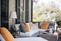 Porch/veranda/front room