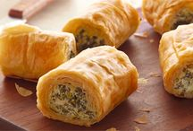 spinach phyllo rollups