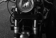 Le Noir et le Blanc / Courbes et arts automobile
