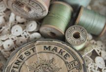 vintage klossen en knoopjes