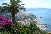 Itineraries / Itinaerari alla scopeta dei luogi magici della costiera sorrentina e amalfitana
