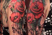 Татуировка с маками