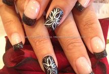 nails / by Susan Fuentes