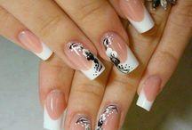 Party nails / by Priscila Silva de Meneses