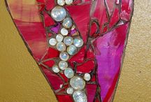 Mosaics for ME / Patterns, designs, ideas and how to make mosaic works of art on any surface.