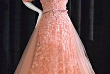 Amazing Dresses / Dresses I fell in love with.