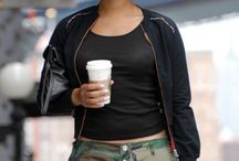 Street Style / Fashionable coffee drinkers