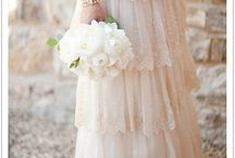 the dress :: lace
